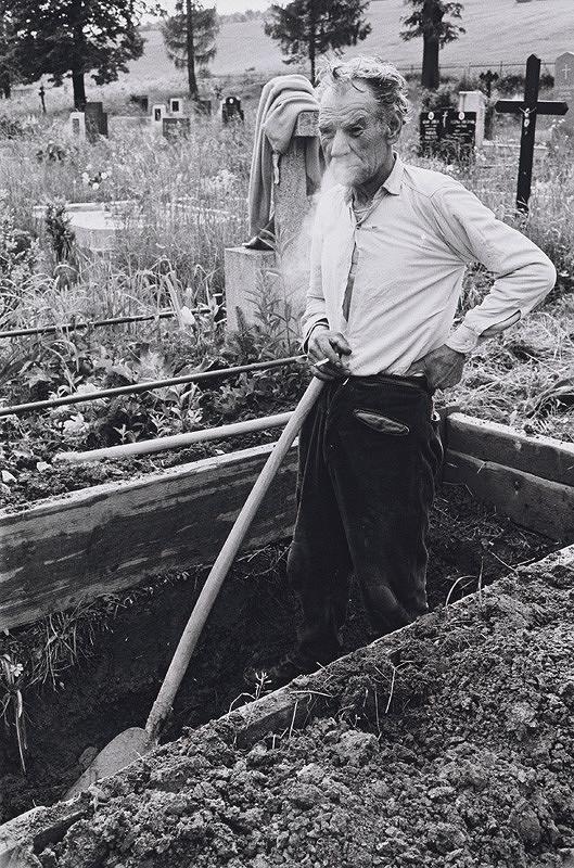 Peter Procházka - Hrobár zDolnej Lehoty