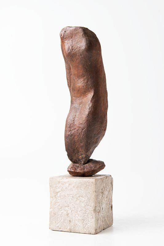 Josef Wagner – Torso stojící na oblázku