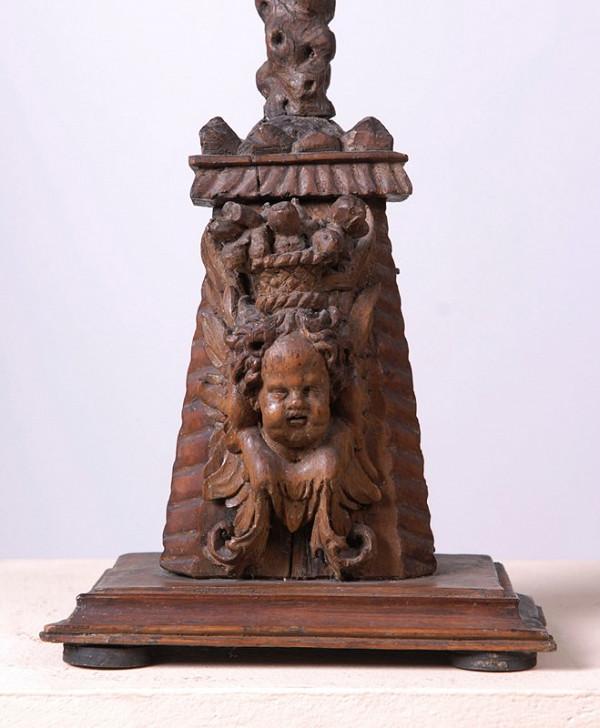 neznámý řezbář moravský (?) – Krucifix původem z Dolních Kounic