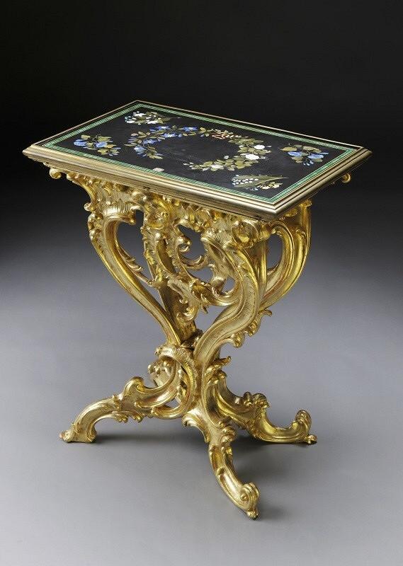 Neznámy autor – stůl s konzolou