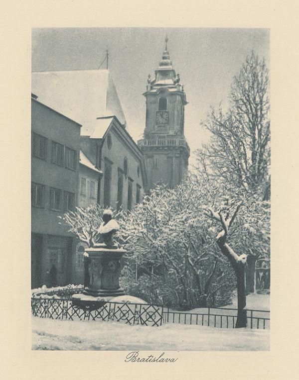 Neznámy autor – Radničná veža od Františkánskeho námestia v Bratislave