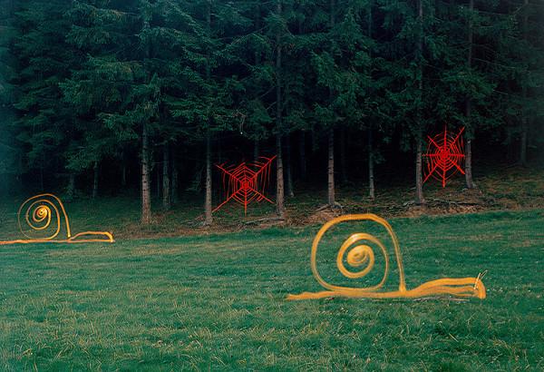 Robo Kočan - Tiahnutie žltých slimákov