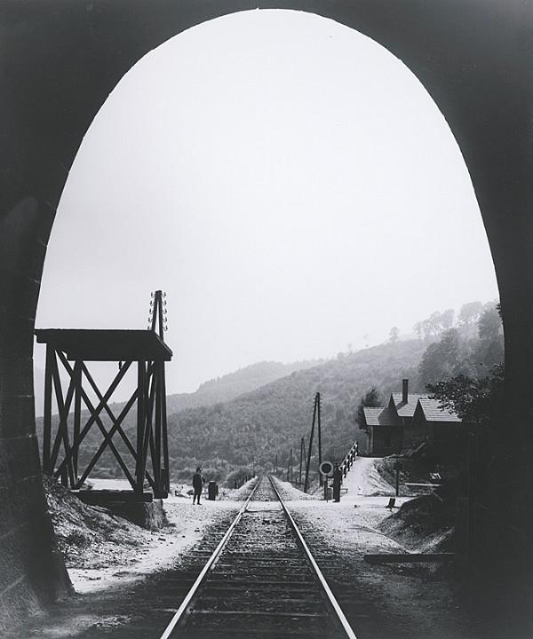 Pavol Socháň – Tunel