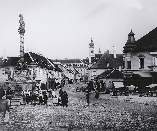 Pavol Socháň – Trnava námestie