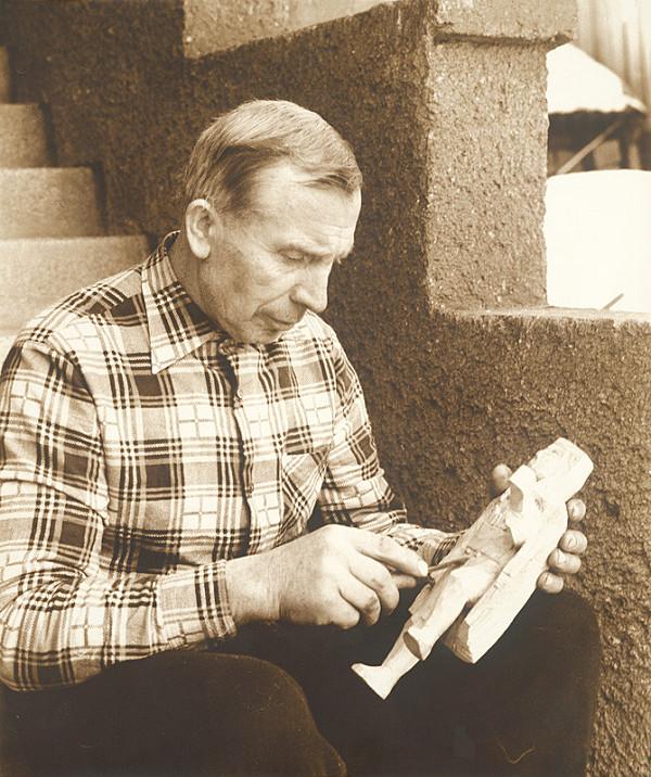 Stanislav Bodorík - Ľudový rezbár Ján Mazalán