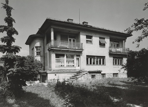 Ladislav Foltyn, Neznámy autor – Rodinný dom Jozefa Šašinku v Poprade. Celkový pohľad.