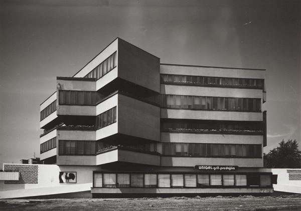Rajmund Müller – Administratívna budova Mostární Brezno v Bratislave. Celkový pohľad.