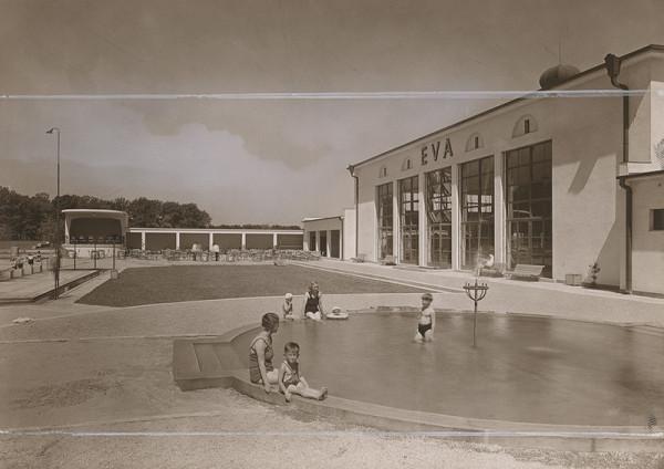 Andrej Szőnyi – Fotografie realizovaných stavieb. Kúpalisko Eva v Piešťanoch. Detský bazén.