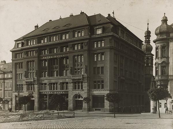 Milan Michal Harminc – Tatra banka v Bratislave. Hlavný pohľad z námestia.