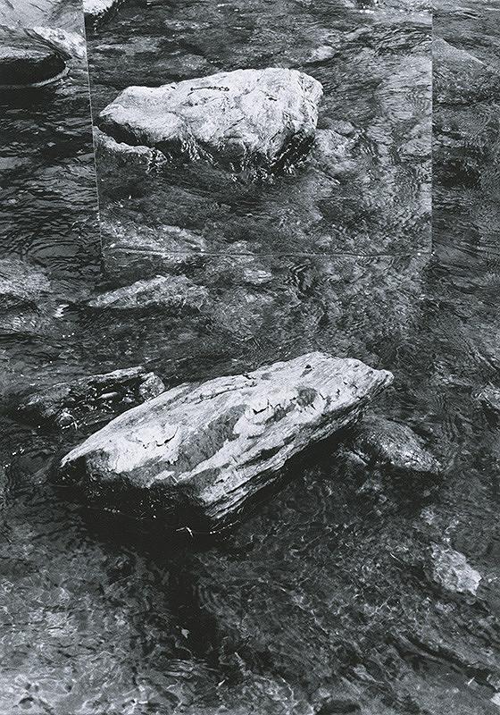 Alexandr Skalický – Kamene a voda I.