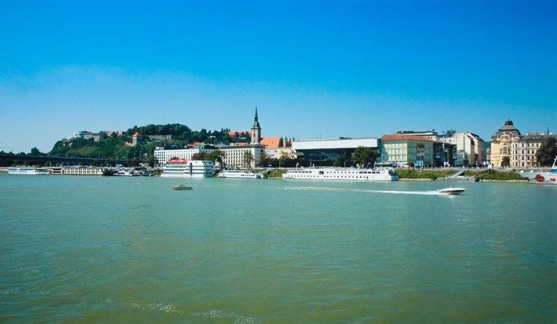 Marek Kvetan – New City (Bratislava), 2002 – 2004, Slovenská národná galéria