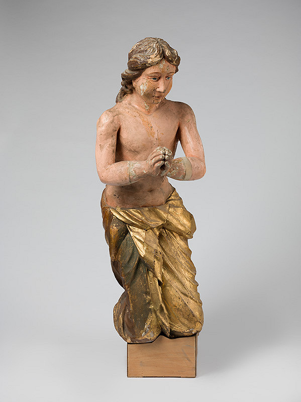 Slovenský rezbár z polovice 18. storočia, Neznámy rezbár – Kľačiaci anjel