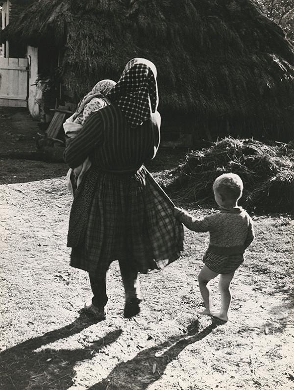 Štefan Tamáš - Pri matkinej sukni