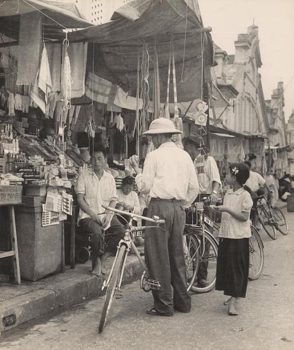 Ján Cifra - Vietnam. Pre pánov tiež niečo