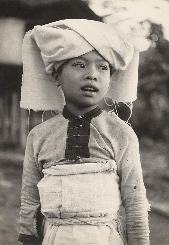 Ján Cifra – Vietnam - portréty. Dievčatko z menšinovej národnosti