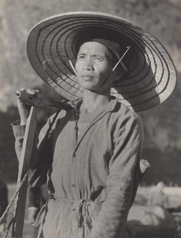 Ján Cifra – Vietnam - portréty. Roľník
