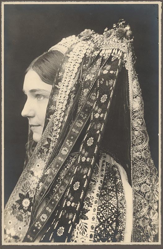 Karel Plicka – Děvče z Velkého lomu, 1928, Slovenská národná galéria