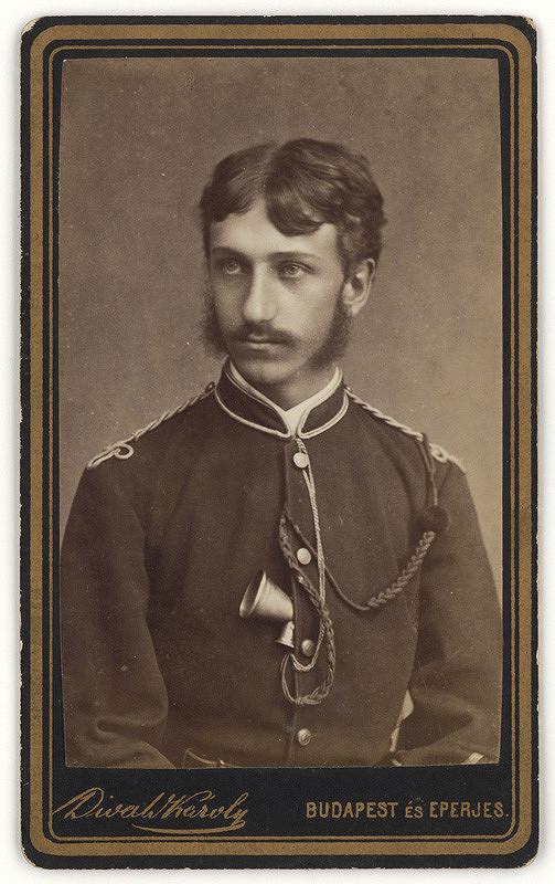 Karol Divald ml. – Muž v uniforme
