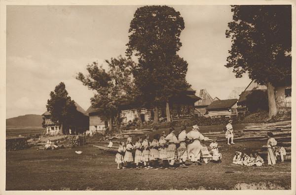Karel Plicka – Čičmany. Joklov dom (Bachňa) a dom Staré Gocmanovce