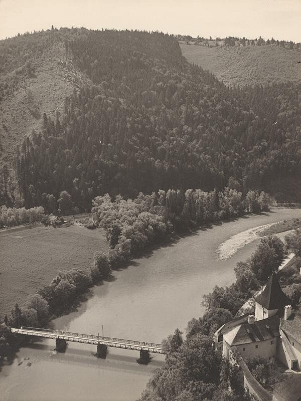 Ladislav Farkaš – Pohľad z Oravského zámku