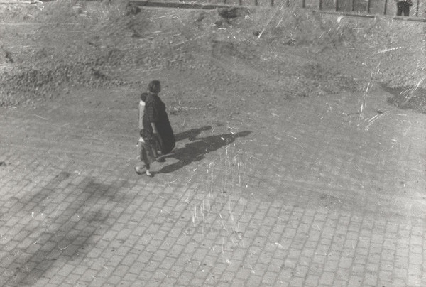 Ladislav Kožehuba - Pouličné scény. Chodci a tiene 2.