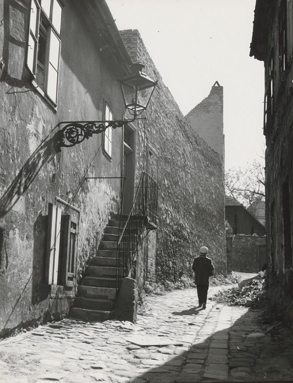 Pavol Poljak - Slnko v starej ulici v Bratislave