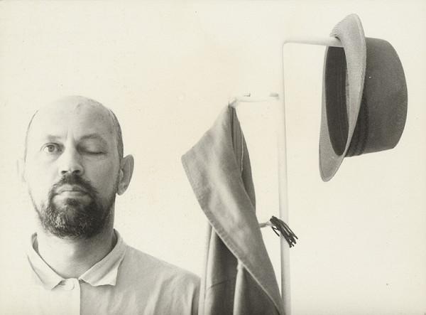 Eduard Pavlačka - Človek