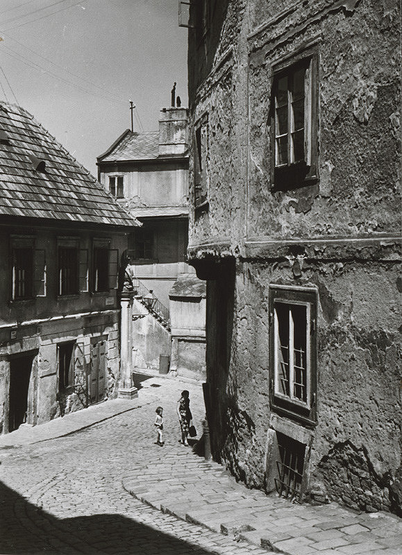 Pavol Poljak - Bratislava. Beblavého ul.