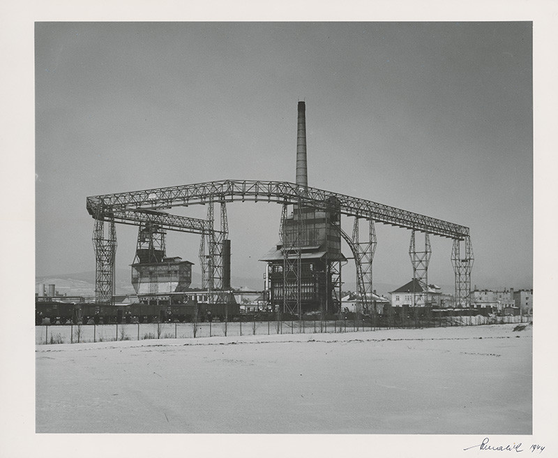 Viliam Malík – Mestská plynáreň, 1944, Slovenská národná galéria