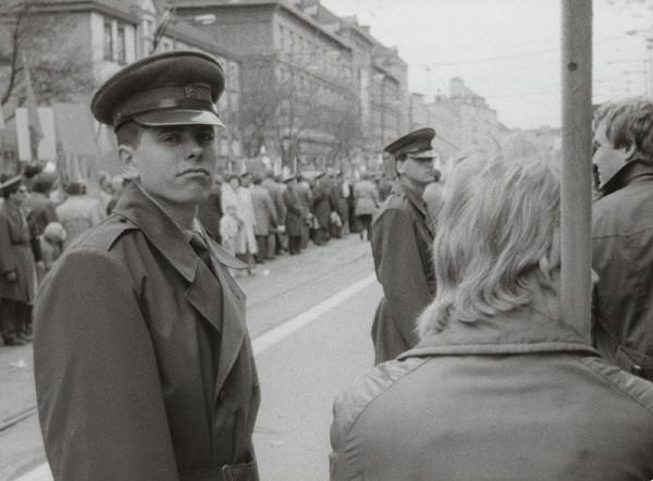 Ondrej Nosál - Dvanásť mužov na tri metre od seba IV.