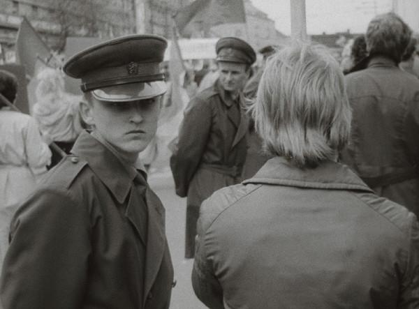 Ondrej Nosál - Dvanásť mužov na tri metre od seba VII.