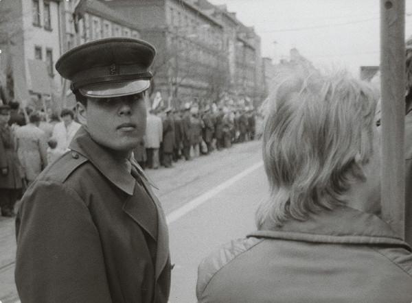 Ondrej Nosál - Dvanásť mužov na tri metre od seba XI.