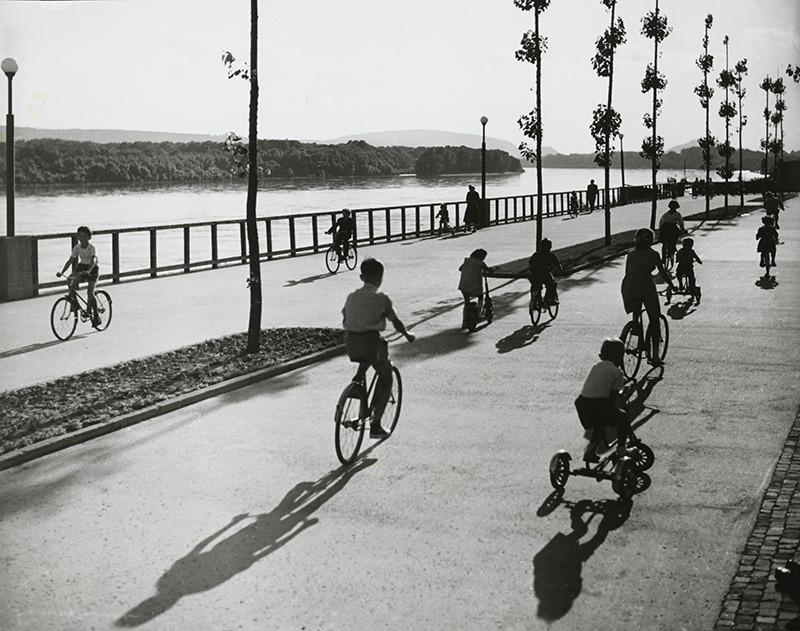 Karol Kállay – Bratislava. PKO, 1960, Slovenská národná galéria