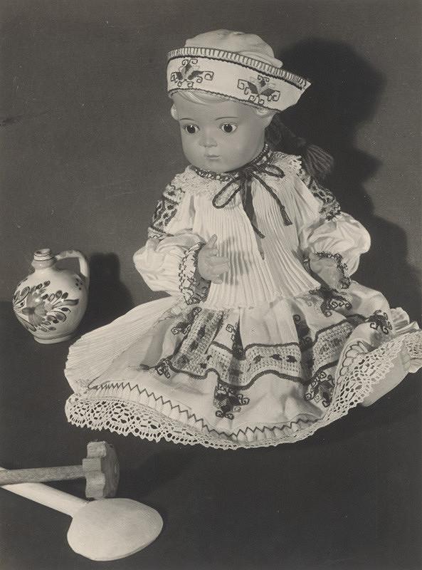 Imrich Beneš – Bábika v kroji (Malá Čičmianka)