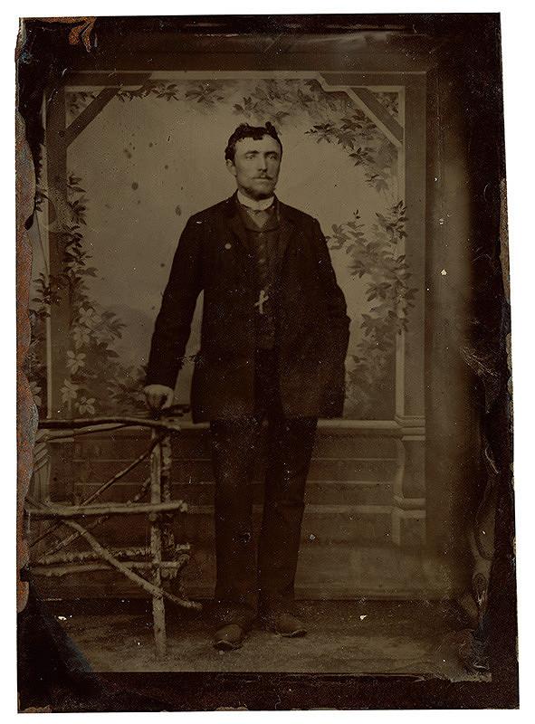Neznámy autor – Portrét stojaceho muža
