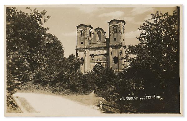 Foto Tatra – Kostol na Skalke pri Trenčíne
