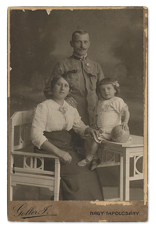 Ján Goller – Portrét rodiny