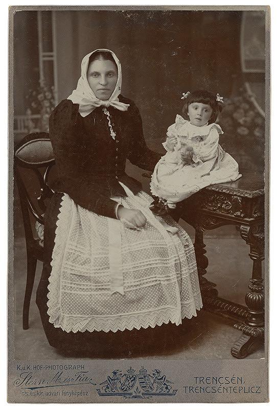 Jozef Stern – Portrét ženy s dieťaťom