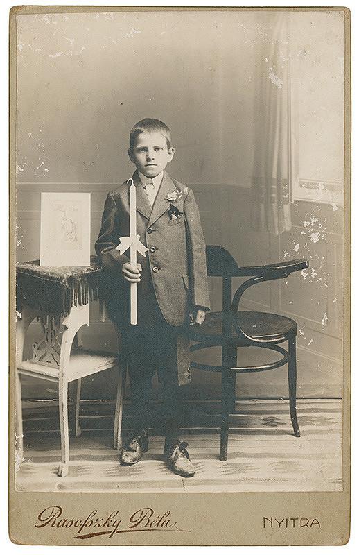 Béla Rasofszky – Portrét chlapca pri sv. prijímaní (Kantór Lacika)