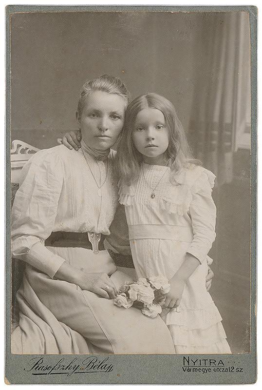 Béla Rasofszky – Portrét mladej ženy s dievčatkom