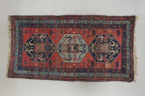 Orientálny remeselník Blízkeho Východu z 19. storočia - Koberec Kchondoresk, Višapagorg