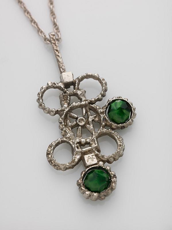 Alina Ferdinandy – Zelené kamienky