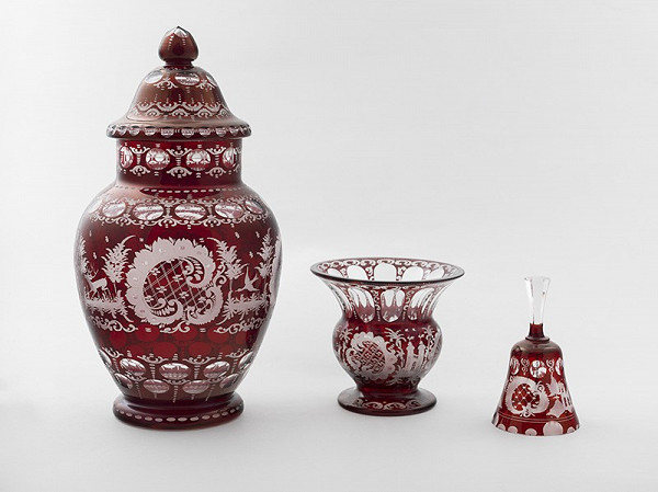 Neznámy autor – Dóza, váza, zvonček