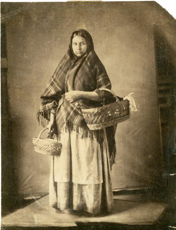 Imrich Emanuel Roth – Portréty Rómov v ateliéri