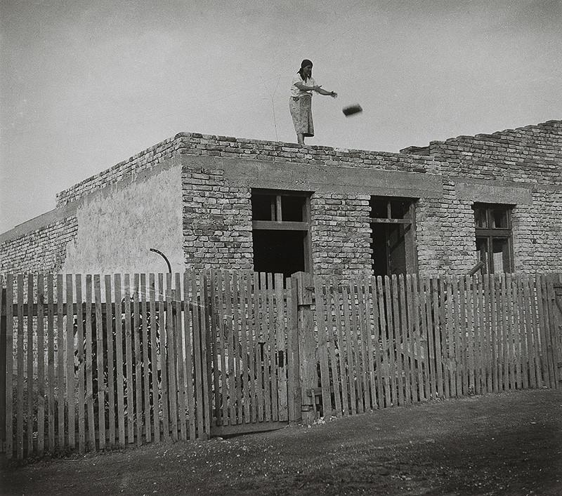 Iľja Jozef Marko – Keď nebola práca, stavali dom, 1936 – 1937, Archív výtvarného umenia AVU SNG