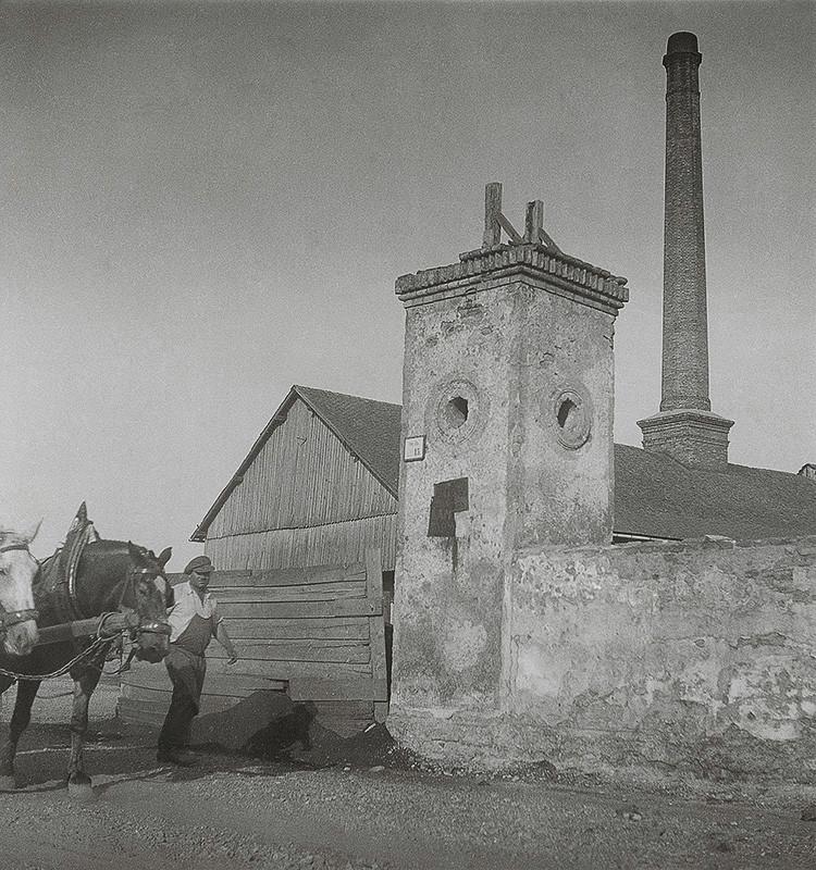 Iľja Jozef Marko – Stará zvonica, za ňou tehelňa, 1936 – 1937, Archív výtvarného umenia AVU SNG