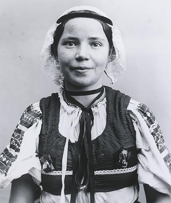 Pavol Socháň – Portrét ženy- Podkonice