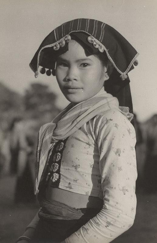 Ján Cifra – Vietnam - portréty. Dievčatko z menšinovej národnosti II.