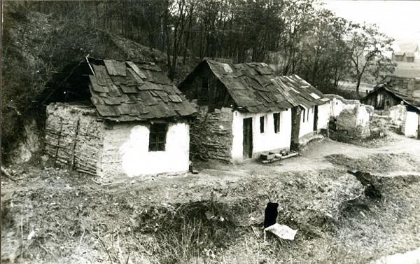 Neznámy autor – Myslava, rómska osada