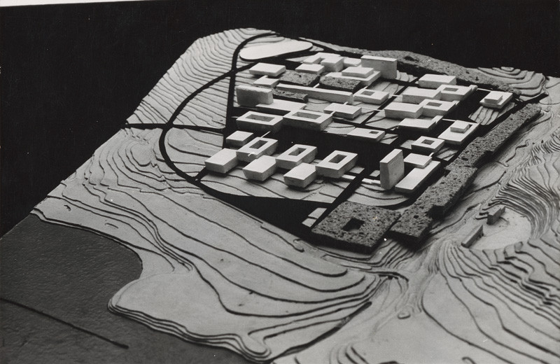 Vladimír Dedeček - Vysokoškolský areál v Mlynskej doline v Bratislave. Model. (1965–1970), Slovenská národná galéria